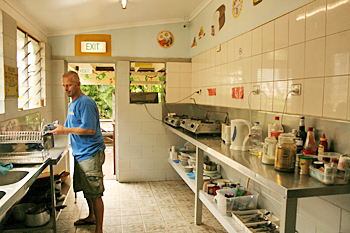 Kitchen at Cairns City Backpackers Australia