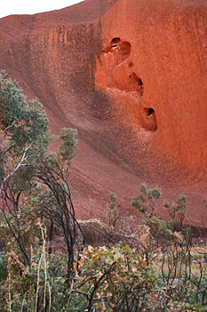 Walking around Ayers Rock (Uluru) Australia