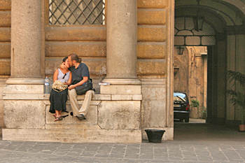 In some of the lesser visited neighborhoods of Rome it's not uncommon to fond scenes like these to lovers