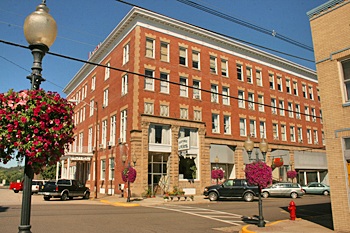Lowe Hotel, Point Pleasant, West Virginia