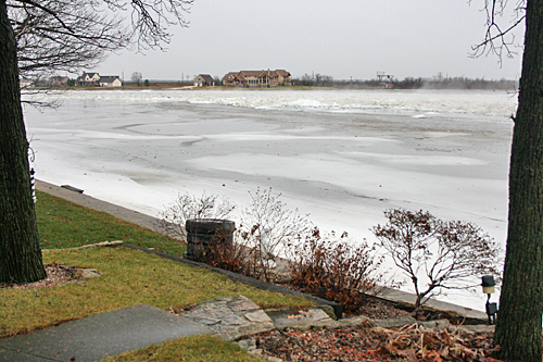kankakee_river_ice_flow4