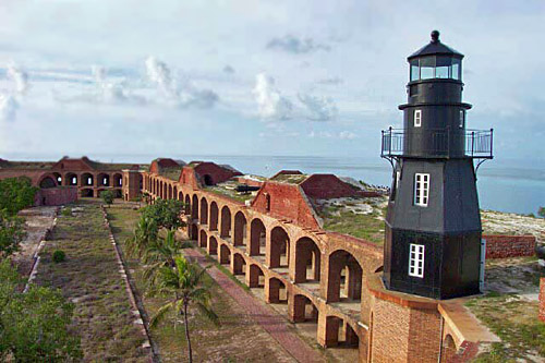 fort_jefferson_lighthouse