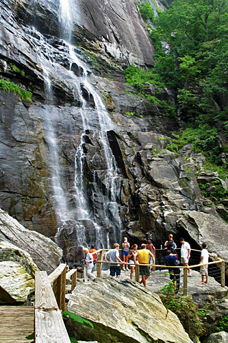 chimney_rock_hickory_nut_falls_2006