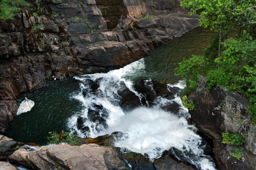 tallulah-gorge-hurricane-falls-from-suspension-bridge