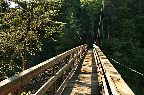 tallulah-gorge-suspension-bridge