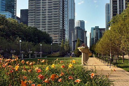 Chicago_Grant_Park_Cancer_Survivor_Garden1