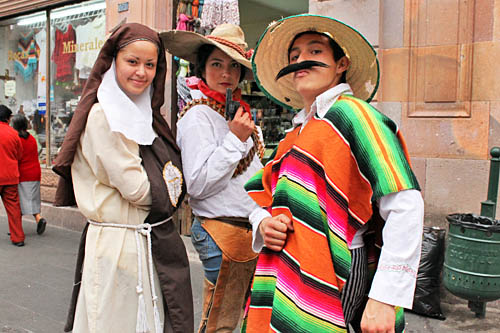 """Actors dressed in period costumes conduct """"Legends,"""" a walking tour of Zacatecas, telling stories about the history and culture of the city"""