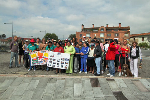 Fundacion El Arenal, an after-school program for at-risk kids, is the beneficiary of the Turkey Trot proceeds