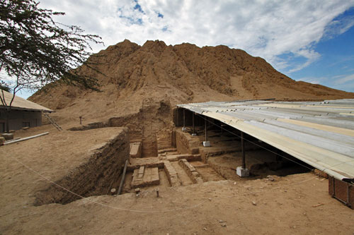 Mounds and excavation at Lord of Sipan Moche site in Chiclayo, Peru