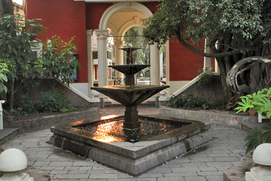 Burbling fountains grace smaller courtyards off the central amphitheater