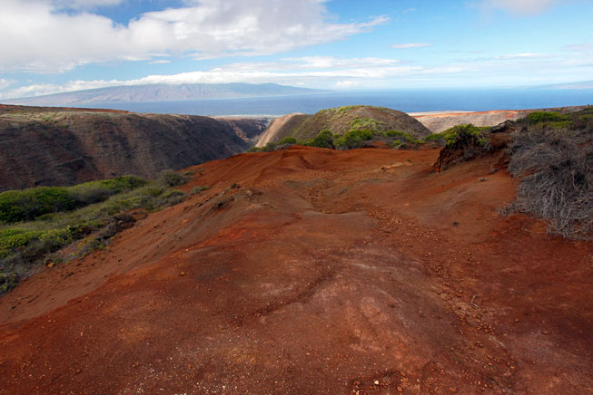 Hiking to the top of Kolo'iki Ridge on Lana'i, Hawaii