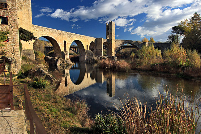 Stunning 12th century Romanesque stone bridge in Besalú Spain