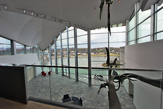 View over Tennessee River from 2005 addition to the Hunter Museum of American Art