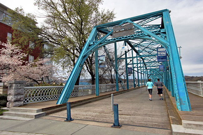 Walnut Street Bridge, converted for pedestrian use when it was no longer appropriate for car traffic, provides easy access to the North Shore from downtown Chattanooga
