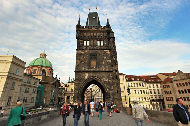 Czech-Republic-Prague-Charles-Bridge-(Karlov-Most)4