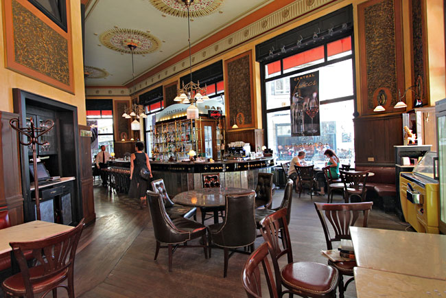 Central Cafe, the oldest coffee house in Budapest, was a favorite of writers and editors. Budapest Underguide tour.