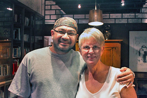 David Hogan Jr. from Malaysia Asia blog joined me for dinner in Penang three years earlier