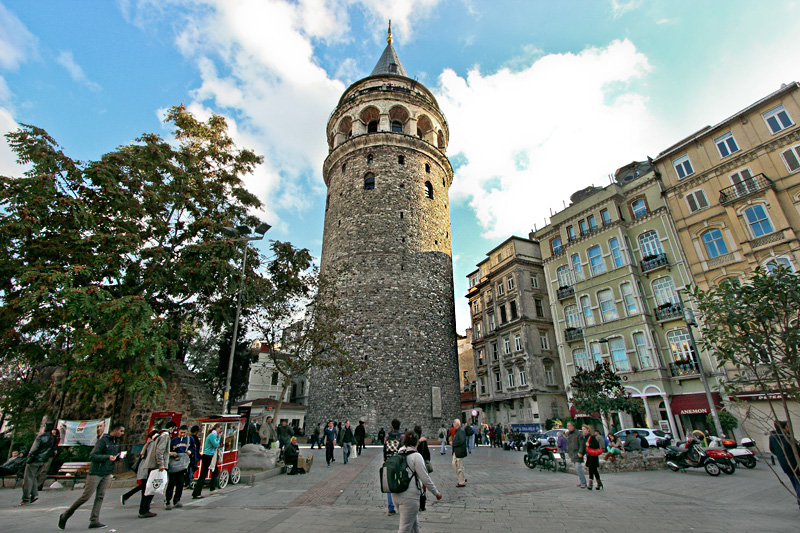 PHOTO: Galata Tower in Istanbul, Turkey