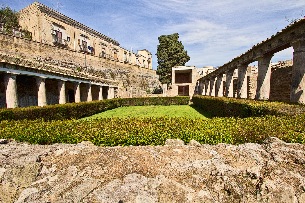 ouse of Argus, a rich estate at Herculaneum, Italy, buried by the eruption of Mt. Vesuvius in 79 AD
