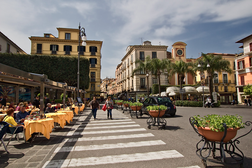 Alfresco cafes dot Piazza Tasso, the main city square in Sorrento, Italy