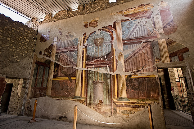 These beautiful frescoes in the Oecus (main living room) at Villa di Poppaea feature trompe-l'oeil windows, doors, and painted columns