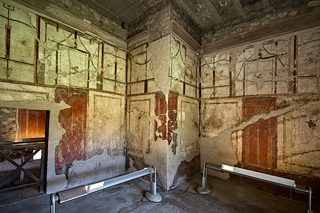 Geometric frescoes on the walls of a Salon at Villa di Poppaea were later copied as wallpaper designs