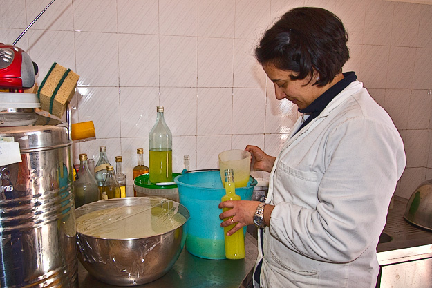 Making the Limoncello at Fattoria Terranova