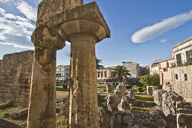 Piazza Pancali and Temple of Apollo on Ortygia Island in Syracuse, Sicily