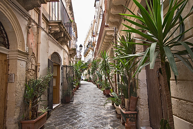 The old Jewish Quarter on the island of Ortygia in Syracuse, Sicily