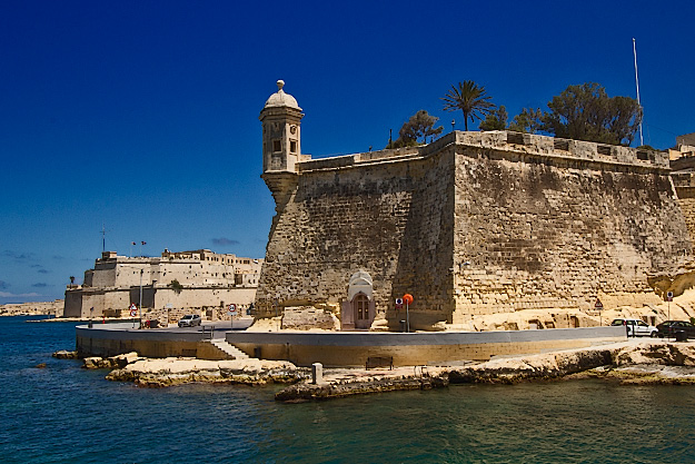 Fort Saint Angelo in Birgu, malta, seen here while sailing through Grand Harbour
