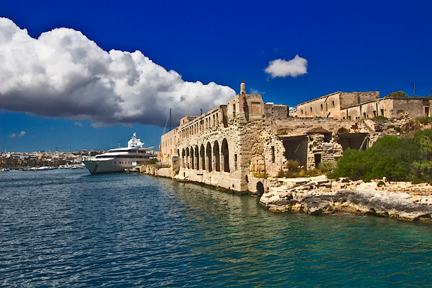 Fort Manoel on Manoel Island, perced in the center of Marsamxett Harbour, opposite the capital of Valletta