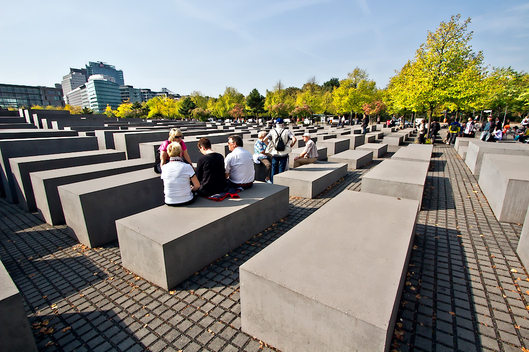 2711 columns at Memorial to the Murdered Jews of Europe in Berlin