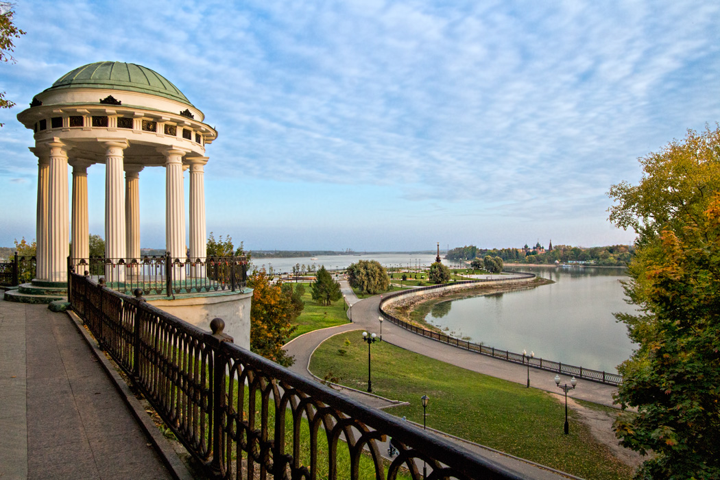 Town park in Yaroslavl, Russia, wih views over the Volga River
