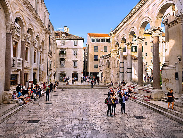 Peristyle, the main square inside Diocletian's Palace