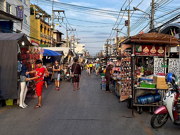 Vendors prepare for the nightly street market in the center of Hua Hin