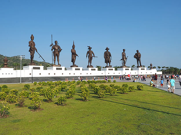 Any list of what to do in Hua Hin should include a visit to Rajabhakti Park, just south of Hua Hin, where seven enormous bronze sculptures of former Thai kings stand on a monolithic pedestal
