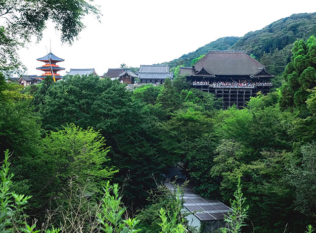 The Kiyomizu-dera Temple complex in Kyoto. Note the immense, ancient logs holding up the main hall on the far right