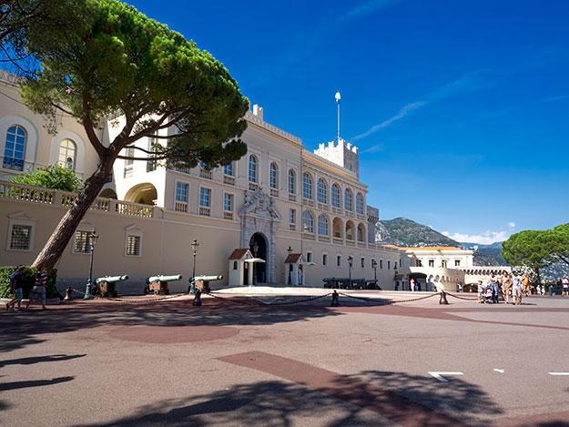 The palace of the Prince of Monaco - slightly underwhelming