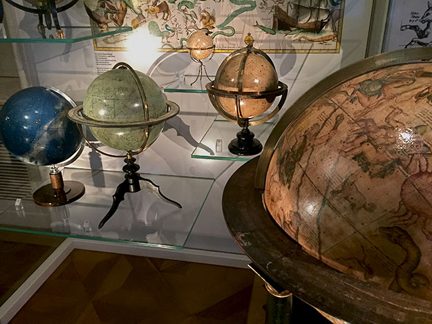 For history buffs, one of the more intriguing things to do in Vienna is to visit the Globe Museum