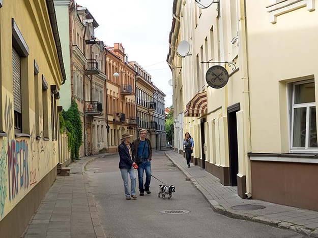What to do in Vilnius, Lithuania? The old Jewish Ghetto, with attractive streets such as this one, should be high on every list