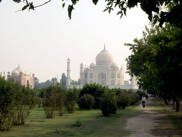 Mehtab Bagh or Moon Garden, offers uncrowded views of the Taj Mahal from the other side of the Yamuna River