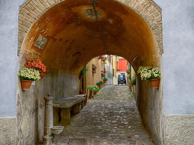 Every lane offers postcard perfect views in the tiny village of Mercatello sul Metauro, located in the eastern province of Le Marche