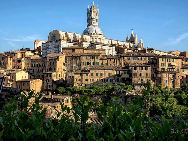 My stay at the Montestigliano Tuscan retreat included a visit to the hilltop village of Siena, Italy, where the skyline is topped by the Duomo, Cattedrale de Santa Maria Assunta
