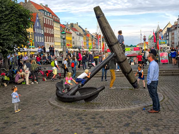 The giant anchor at Copenhagen's famous Nyhaven waterfront is a favorite with kids as well
