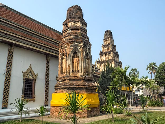 Octagonal-shaped Ratana Chedi at Wat Cham Thewi