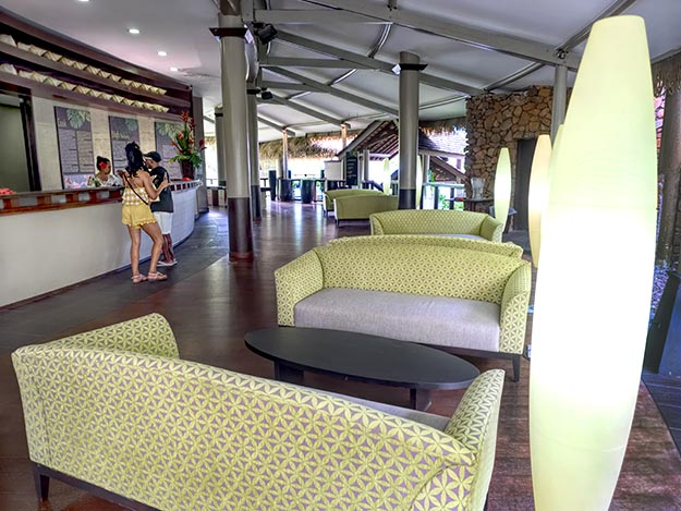 Lobby at Tahiti Pearl Beach Resort
