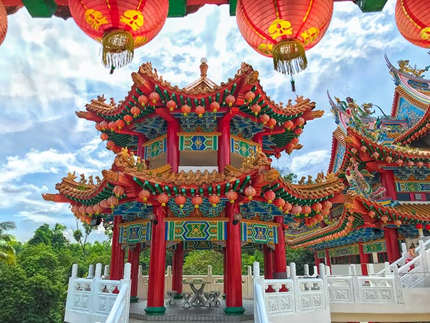 Visiting Thean Hou Temple in Kuala Lumpur, Malaysia…But Not for a Marriage Blessing