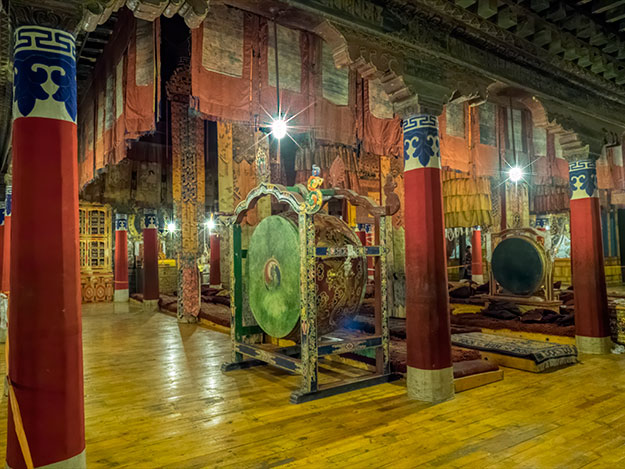 Interior of the ancient assembly hall at Palkor Choeda Monastery in Gyantse, Tibet