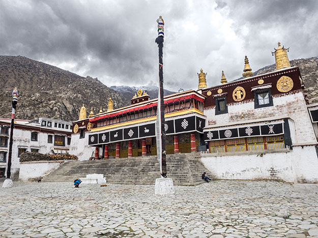 Tsochen Temple, the main assembly hall at Drepung Monastery in Lhasa, Tibet