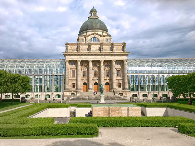 The Bavarian State Chancellery anchors one side of Hofgarten Royal Gardens